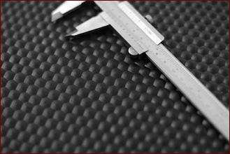 Gummimatten Rollenware In 8 Mm Starke Mit Hammerschlagprofil